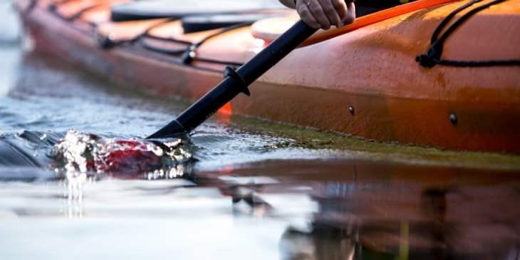 Van_Dragt_092217_1083_calm_kayak_waters